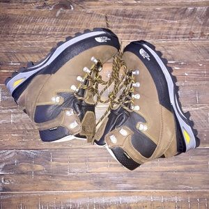 $DROP! The North Face Verbera Backpacking GTX Boot